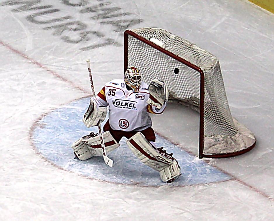 Eisbären verlieren auch Spiel zwei im Magenta Sport Cup