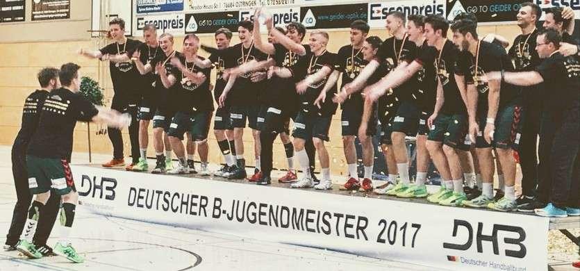 Wieder entscheidet der letzte Wurf – Füchse Berlin erneut Deutscher Meister der B-Jugend